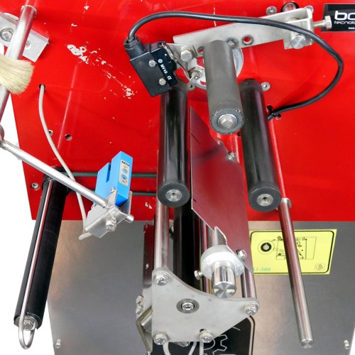 Etiquetadora semiautomática de 1 cabezal